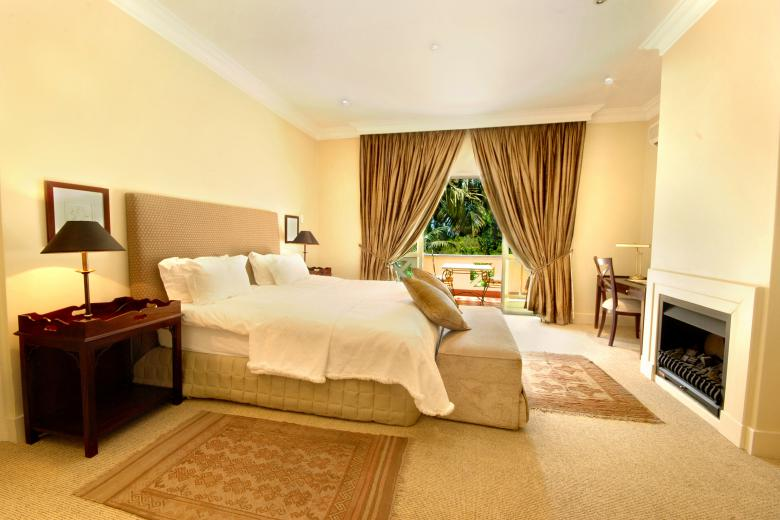 10 2ND AVENUE HOUGHTON ESTATE Presidential Suite Bedroom