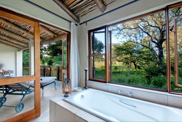 Game view while bathing, Nottens Lodge