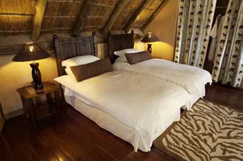 Deception Valley Lodge Botswana