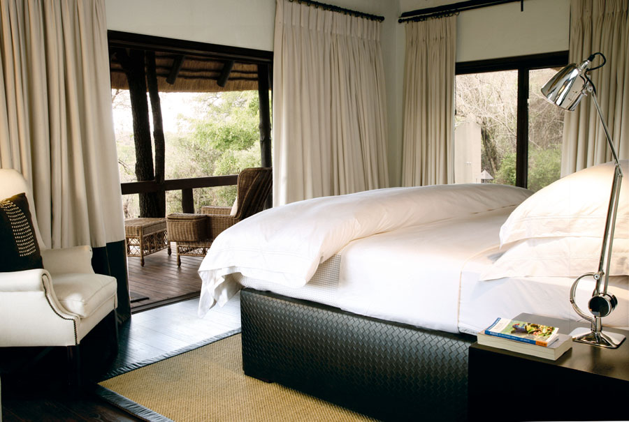 Tree camp bedroom Londolozi