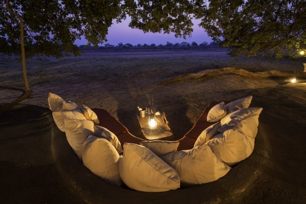 Tenna Tenna Luangwa River Zambia safari