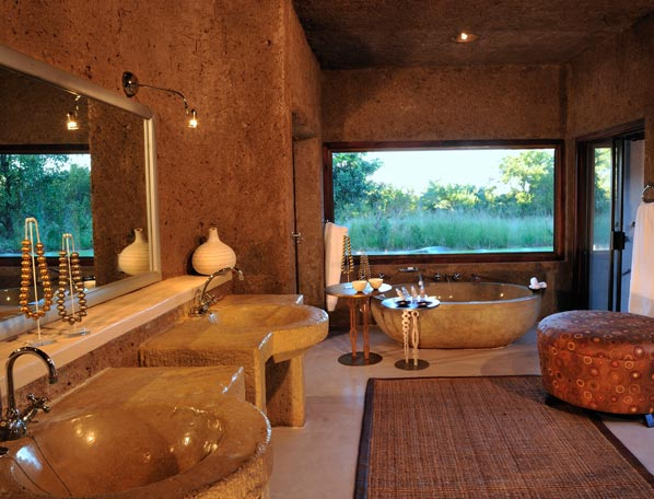 Earth lodge bathroom sabi sands